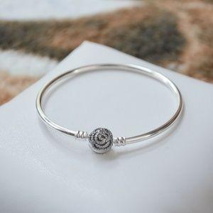 "17cm = 6.7"" Pandora Beauty and the Beast Bracelet"